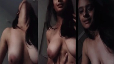 Sexy Desi riding dick of her lover MMS video