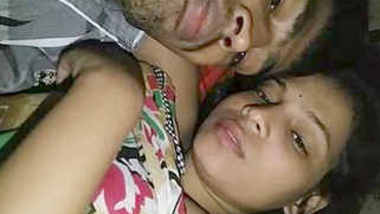 Cute Indian Lover kissing And Boobs Sucking