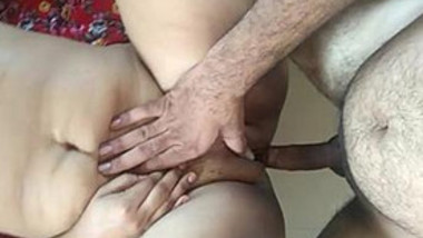 Hot desi bhabhi riding & getting fucked
