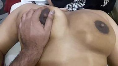 Indian Bhabi Milky Boobs pressing