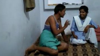 Click girl bunk and getting fucked with Hindi talking