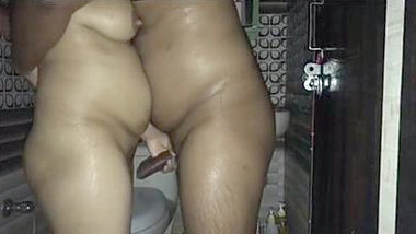 Desi Hot Wife cheats on Husband, Gets Fucked by his Friend