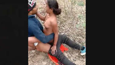 Girl fucking hard outdoor and boy's friend recording them