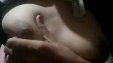 Desi Girl Boob Pressing