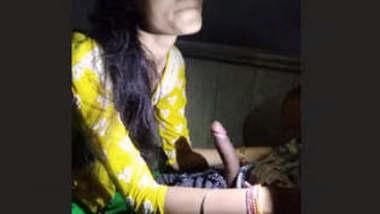 Beautiful Desi Babe Renuu Clips Part 1