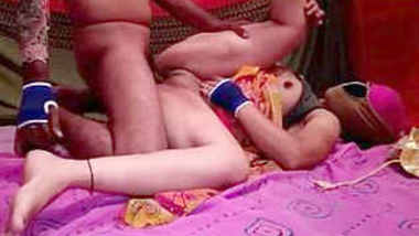 Horny Indian Desi Girl Hard FUcked By BF