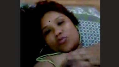 Horny aunty with hindi audio