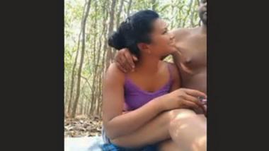Desi Girl With Lover Having Sex outdoor