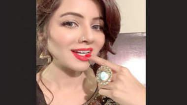 Pak Pop Singer Rabi Pirzada Nude 6 Clips Part 4