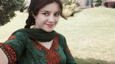 Pak Pop Singer Rabi Pirzada Nude 6 Clips Part 3