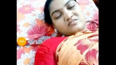 Desi village aunty nice boobs on live