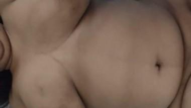 Bhabi Want Hubby Cum On her Boobs
