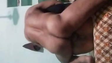 desi bhabhi fucked and receiving cum in pussy