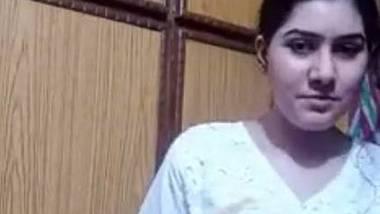 Karachi bhabhi nude stripping solo