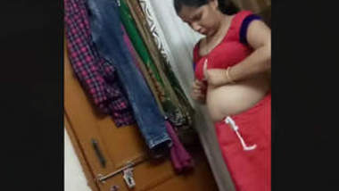 Mature Aunty Big Boobs Changing Dress