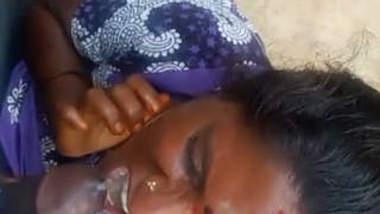 Mallu Bhabhi taking cum in her mouth(very small clip)
