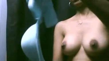 Trial room nude MMS leaked online by a peeping Tom