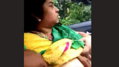 Tamil Cheating Wife Out Door Roamnce With Lover 1