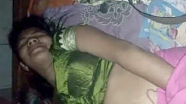 Beautiful bhabhi recorded before fucking
