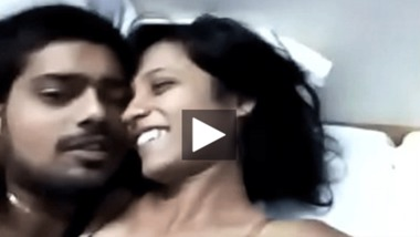 Lovers home sex video got leaked online for the first time