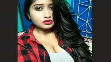 Avisikta Sarkar Nipples Flashing On Photoshoot