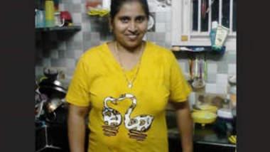 Big Boob Telugu Aunty Bathing