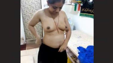 Desi Bhabhi Hot Couple Videos Part 3