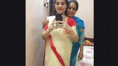 Hot Desi Bhabhi Nude Selfie Vids Part 3