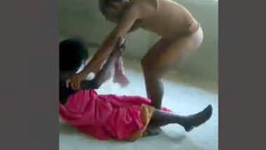 Desi Tharki Man Fucking Maid