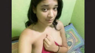 Desi sexy girl Leaked videos part 1
