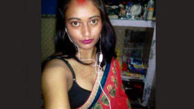 Desi Bhabhi Recorded Video for Her Boyfriend