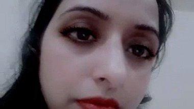 Pakistani bhabhi chut MMS