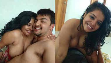 Horny Nri Indian Desi Gf Blowjob