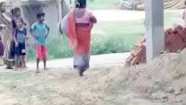 Desi village wife show pussy, fun