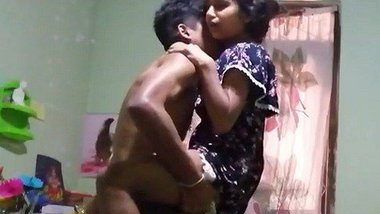 Young Srilankan hardcore chudai video