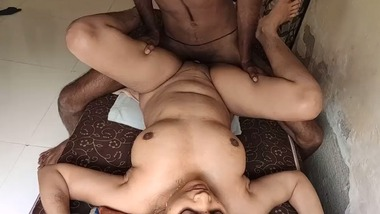 Super sexy desi lady fucked hard video