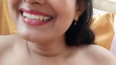 Indian village cute bhabi show her bis boobs