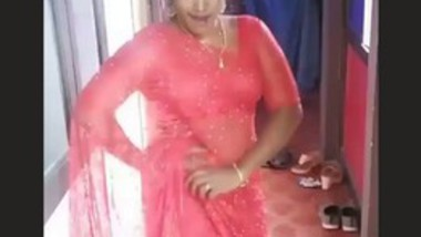 Sexy Tamil Bhabi hot video