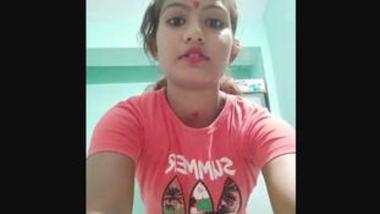 Desi cute bhabi show her nude body