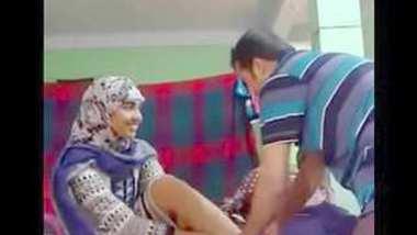 Desi hijabi girl fuck after collage