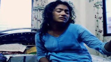 Desi lovers enjoying hot bedroom sex MMS video