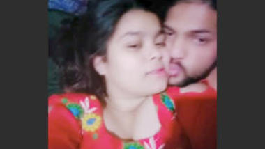Desi lover sexy kissing video