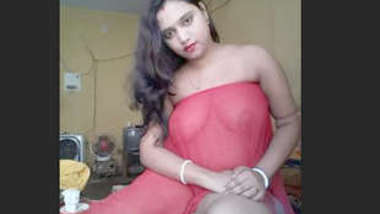 Desi village cute bhabi sopna show her everything on cam