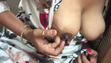 horny desi wife showing boobs pussy in cab
