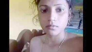 Desi cute village boudi rekha show her boobs