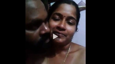 Tamil sex clip of a busty aunty with her hubby's friend