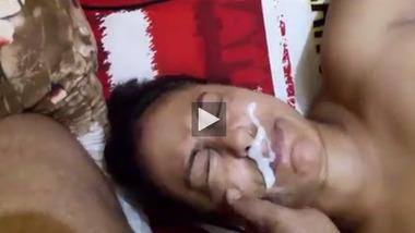 Bengali Boudi takes cumshot on her face