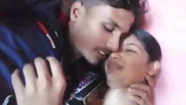 Desi lover kissing sn