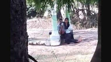 Desi lover caught outdoor