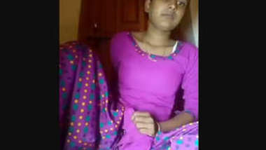 Desi village bhabi show her nice boobs n pussy